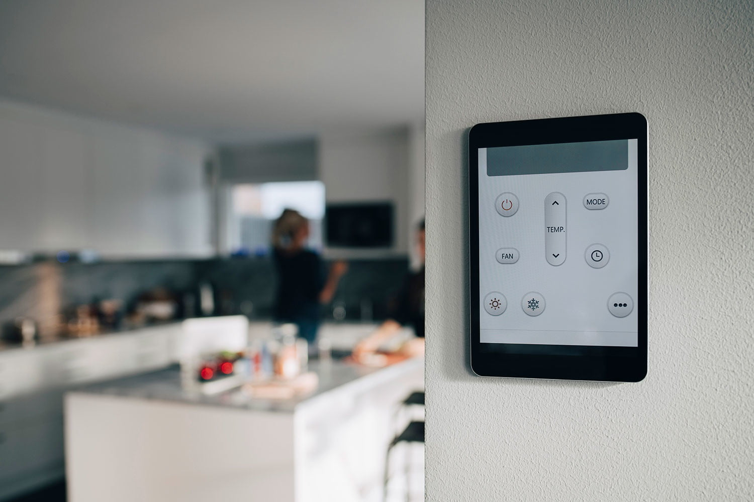 4 Ways to Synch Up Your Home HVAC System to Smart Devices